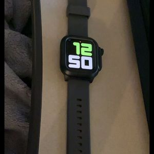 Apple Watch S5 (44MM)